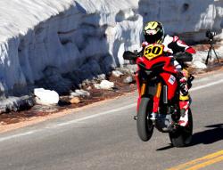 Ducati wygrało Pikes Peak 2011